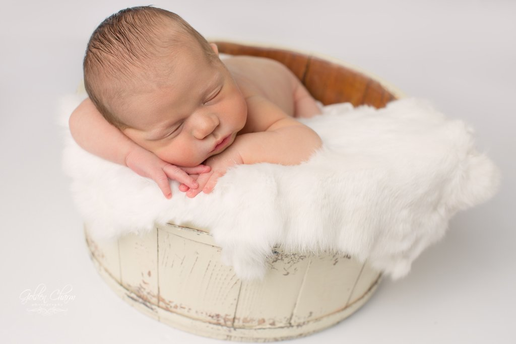 Buffalo-Grove-Newborn-Photography-baby-white-colors